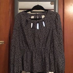 Long sleeve peplum-style blouse (Candie's XL)